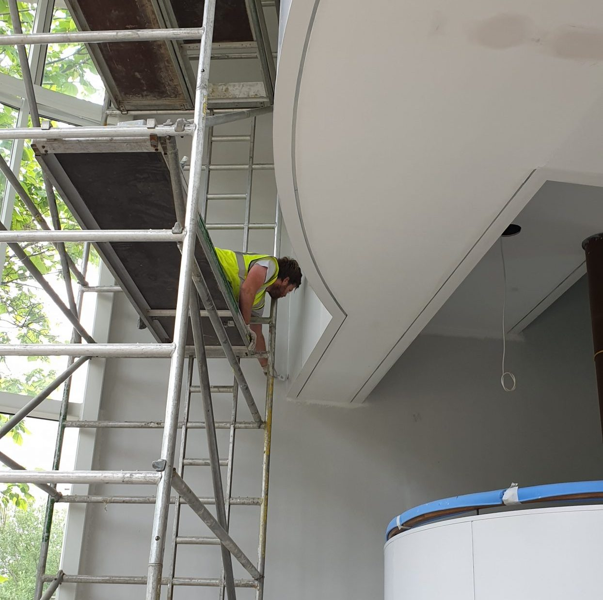 High quality commercial painting and decorating